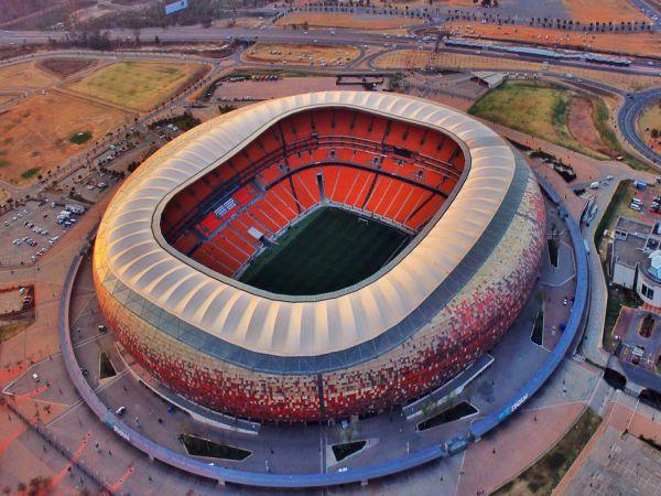 Top 8 sân vận động bóng đá có sức chứa lớn nhất thế giới
