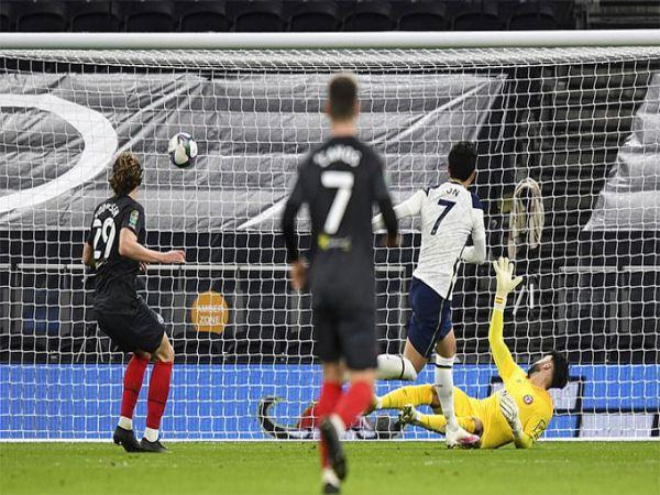 Bóng đá quốc tế 6/1: Tottenham lọt vào Chung kết Cup Liên đoàn Anh