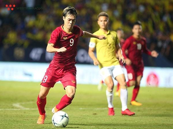 Điểm danh 4 cầu thủ chạy nhanh nhất Việt Nam ??